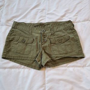 Arizona Jean Company Camo Green Shorts Size 3